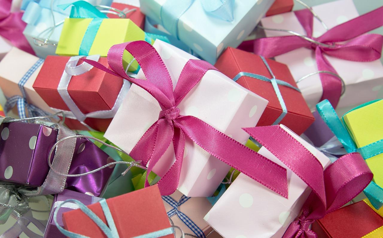 gift-designer-handbags