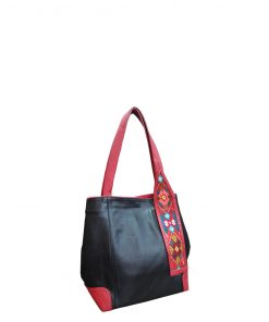 black inspira shoulder handbag